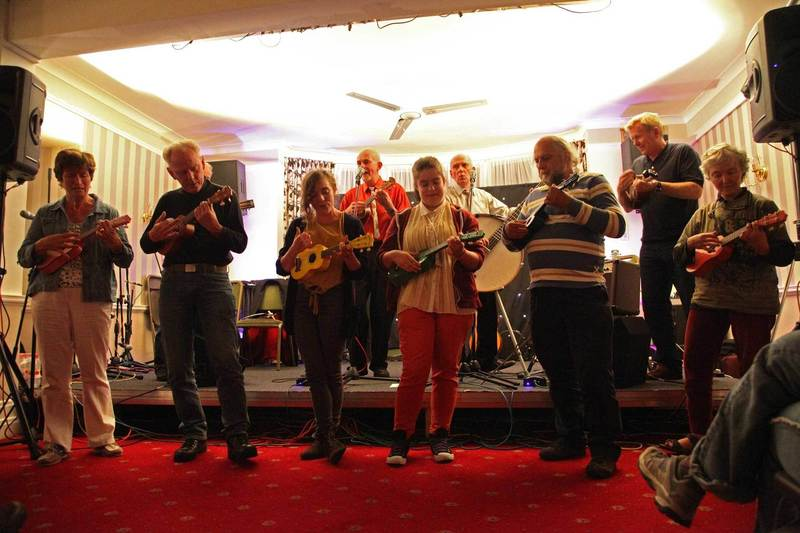 Sidmouth Festival workshop group perform
